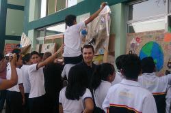 Jonathan DeGraff visits hospital in Piura, Peru
