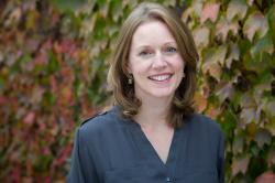 Associate Professor Vanessa Bohns