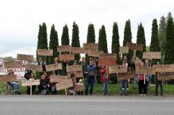 Union members protest in solidarity with farmworkers