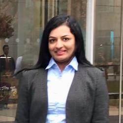 Gayathri Jayachandran Headshot