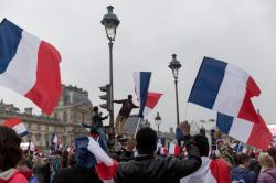By Lorie Shaull from Washington, United States (French Election: Celebrations at The Louvre, Paris) [CC BY-SA 2.0 (http://creativecommons.org/licenses/by-sa/2.0)], via Wikimedia Commons